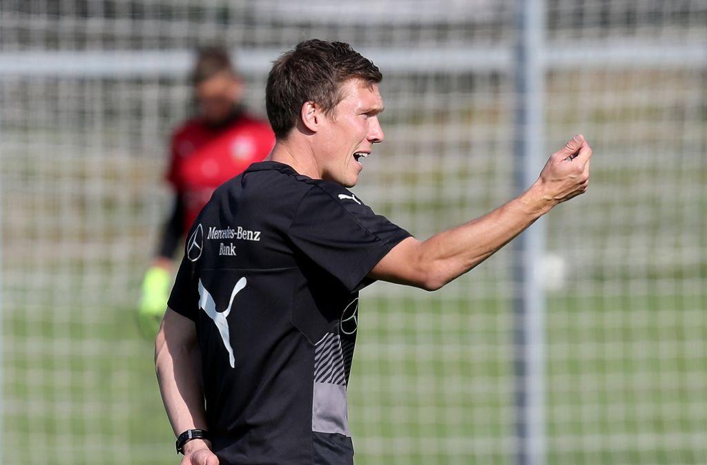 Trainer Hannes Wolf will seinen ersten Sieg mit dem VfB. Er vertraut dabei auf diese Startformation im Spiel gegen Fürth. Foto: Pressefoto Baumann