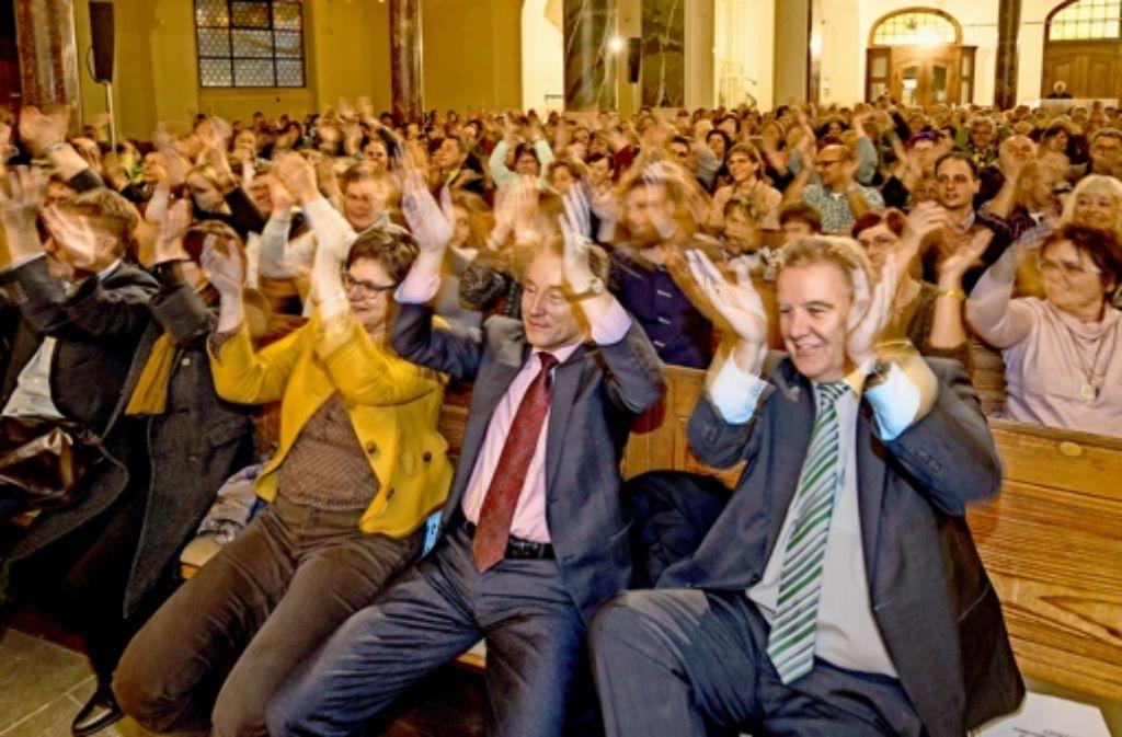 Wenn die Brenz-Band spielt, geraten auch die Promis in Wallung. Foto: factum/Weise