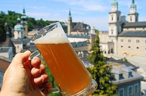 Salzburg: Ein Humpen auf Mozart