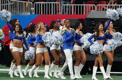 Sind Cheerleader im Sport noch zeitgemäß?