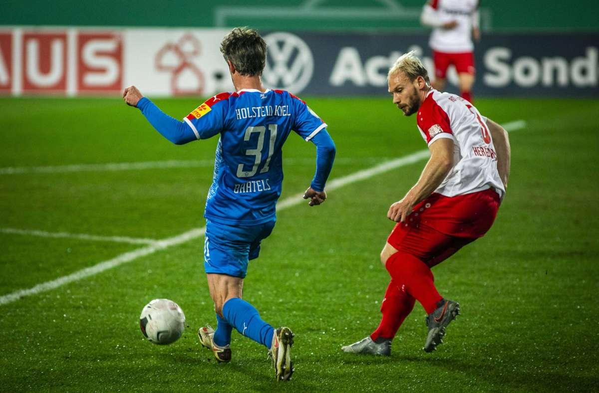 Holstein Kiel gewann am Mittwoch mit 3:0 (2:0) gegen die Essener Foto: imago images/Nordphoto/nordphoto / Rauch