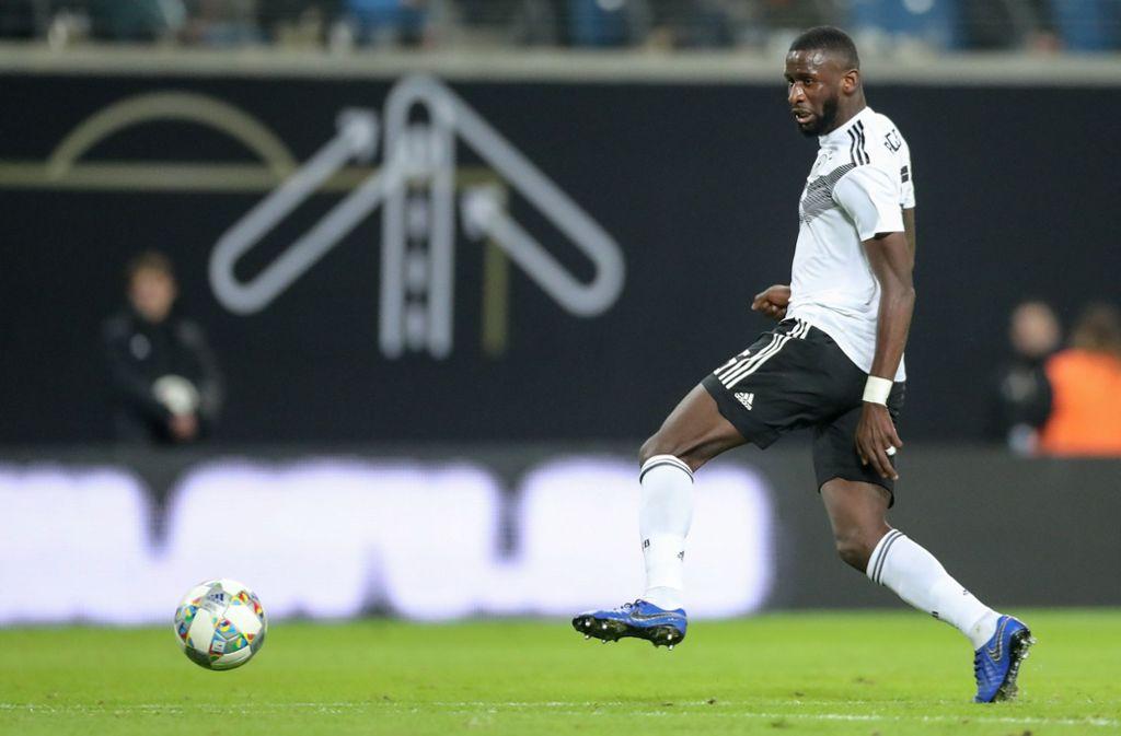 Antonio Rüdiger fordert ein konsequenteres Vorgehen gegen Rassismus im Stadion. Foto: ZB