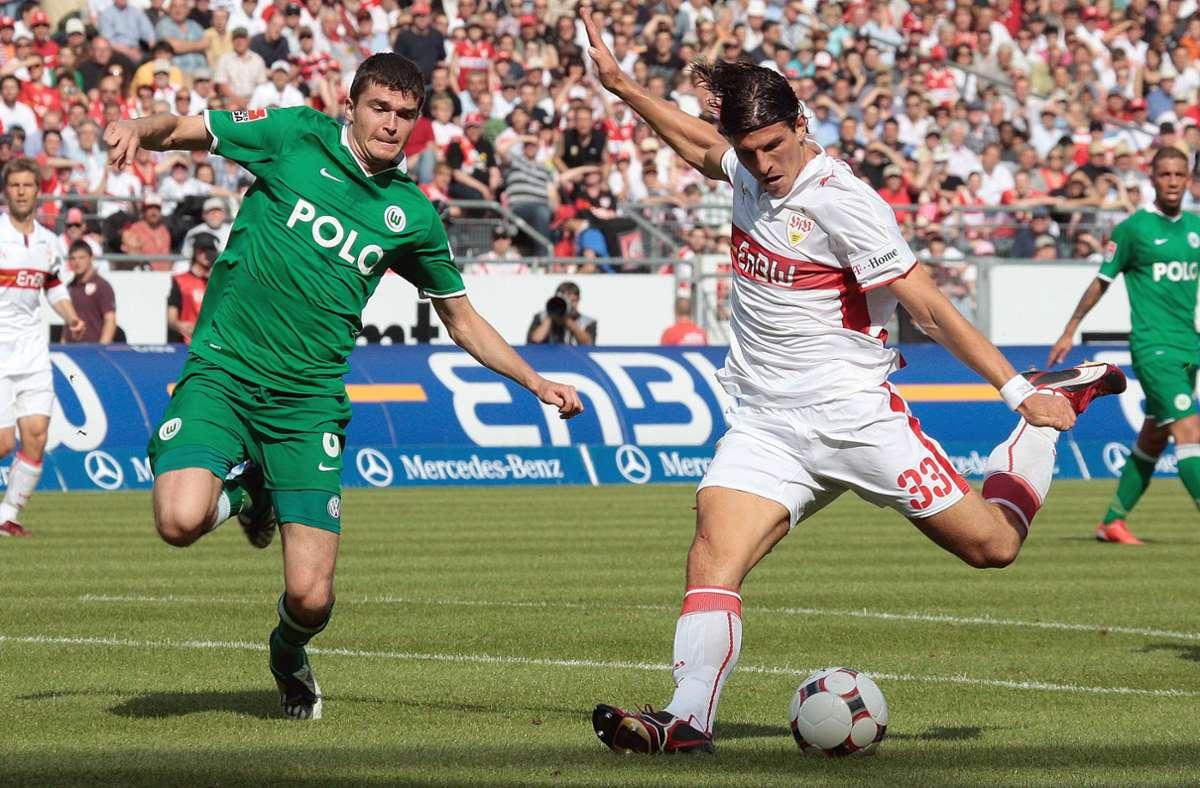 Mario Gomez stand beim 4:1-Sieg des VfB Stuttgart gegen den VfL Wolfsburg im Fokus. Foto: aumann