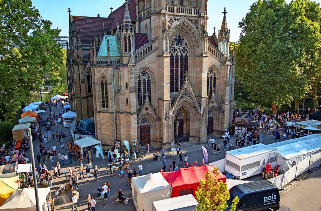 Malerische Kulisse: Vier Tage feiert der Stuttgarter Westen rund um die Johanneskirche. Foto: PR/ Rosenau
