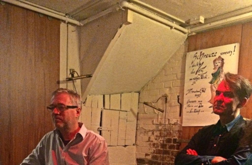 Alexander Lorenz und Markus Wagner  diskutieren über regionales Essen. Foto: Nina Ayerle