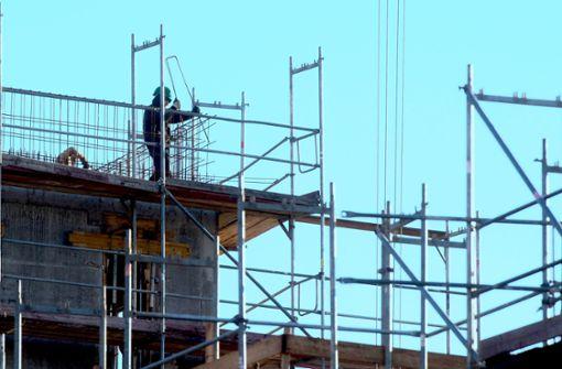 Zu viele Hilfsarbeiter auf dem Bau