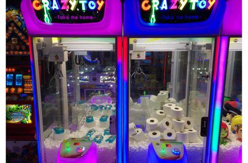 Was Klopapier und Desinfektionsmittel im Spielautomaten machen