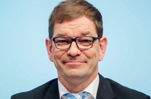 VW wirbt Topmanager von BMW ab