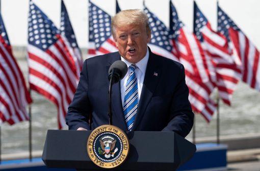 Trump riegelt Corona-Hotspots nicht ab- mehr als 2000 Tote
