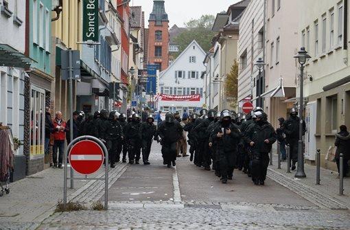 Gewalttätige Ausschreitungen bei rechtem Aufmarsch