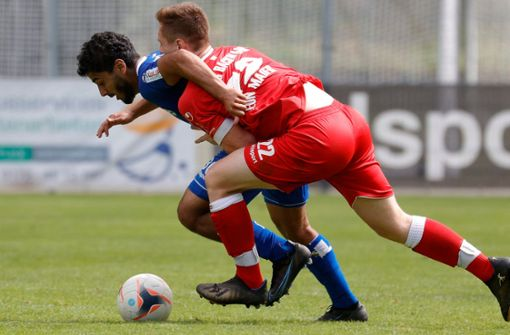 Baroudi mit Doppelpack – Kickers gelingt Auswärtssieg
