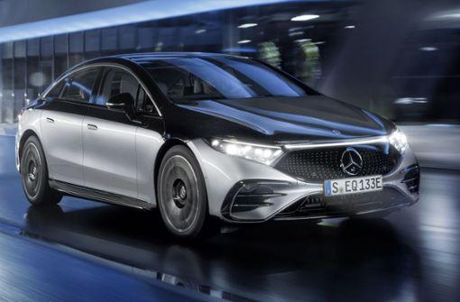 Mercedes tritt mit Doppelspitze an