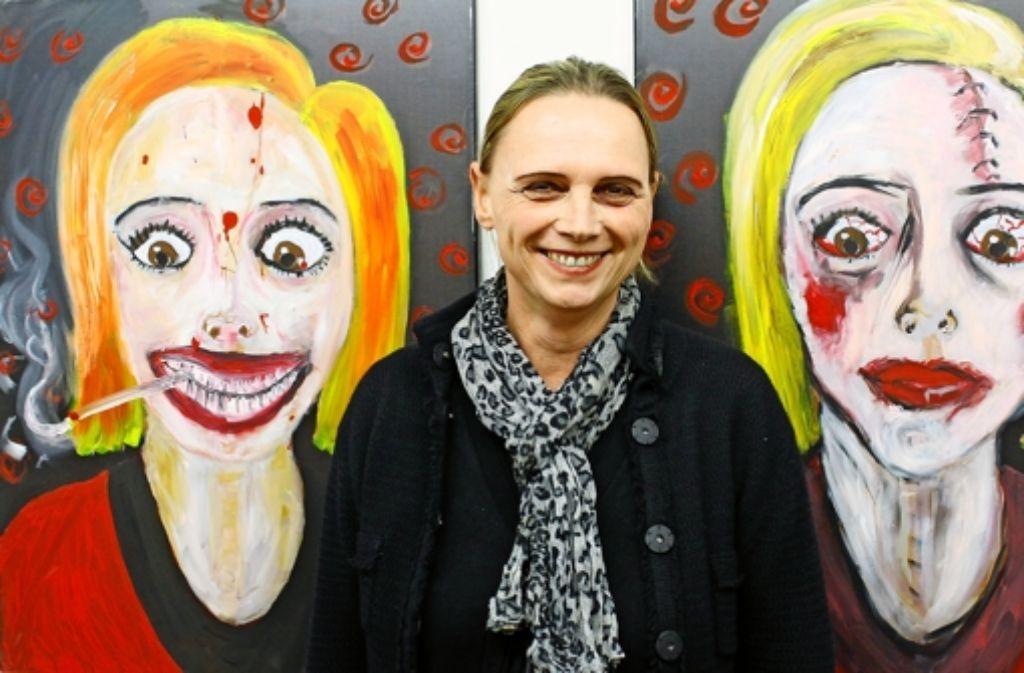 Die Künstlerin Any Hany alias Annette Haug interessiert sich für die menschlichen Abgründe, Fehltritte und Krankheiten. Foto: Bernklau