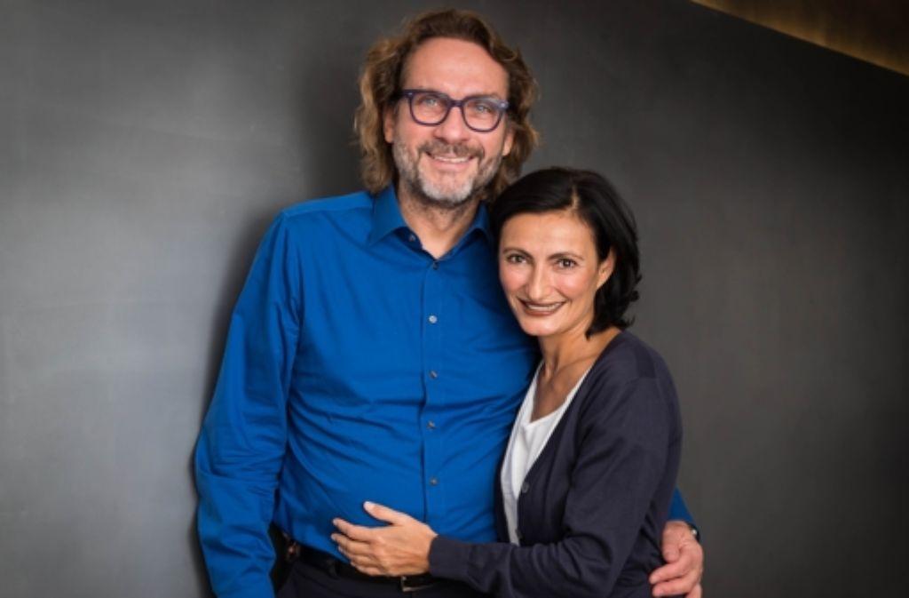 Das Ehepaar Nilgün Tasman und Hans Ulrich Scholpp engagiert sich auf vielfältige Weise für Obdachlose und Flüchtlinge in Stuttgart. Foto: Lichtgut/Achim Zweygarth