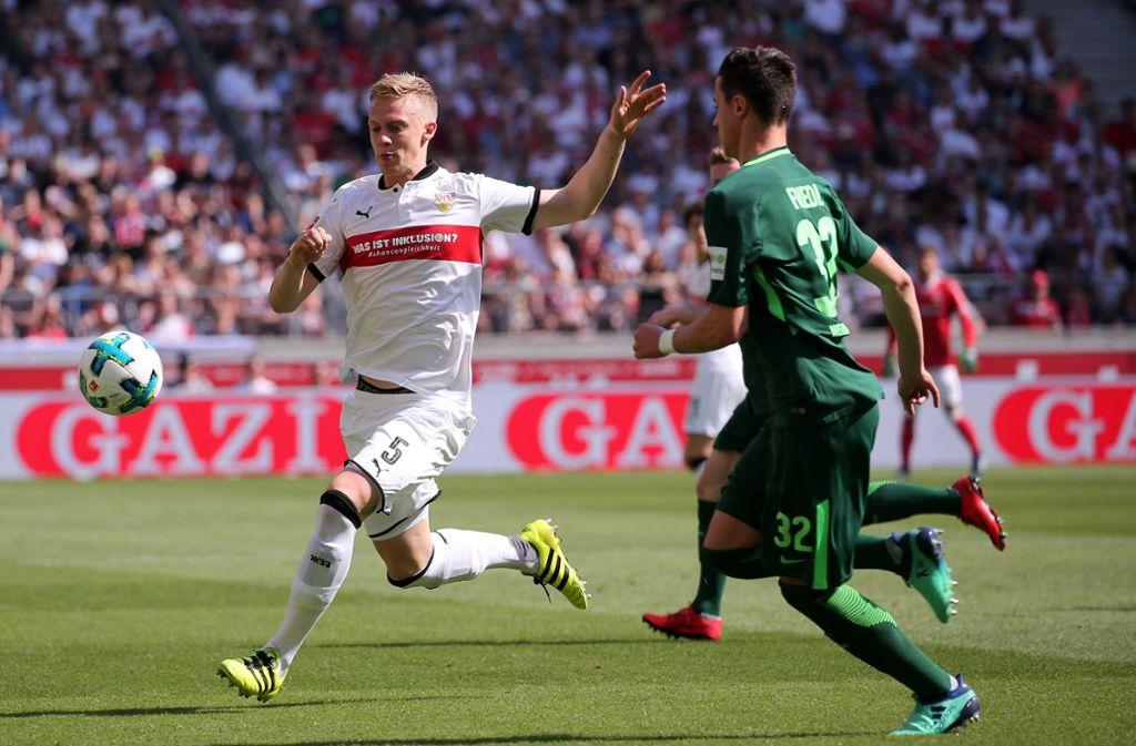 Timo Baumgartl (links) ist eine wichtige Säule des VfB Stuttgart. Foto: Pressefoto Baumann