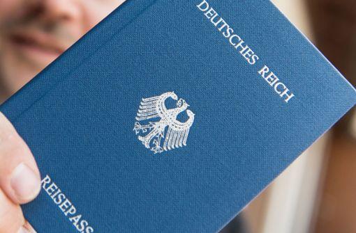 Umgang mit Reichsbürgern – Verfassungsschutz gibt Ratschläge