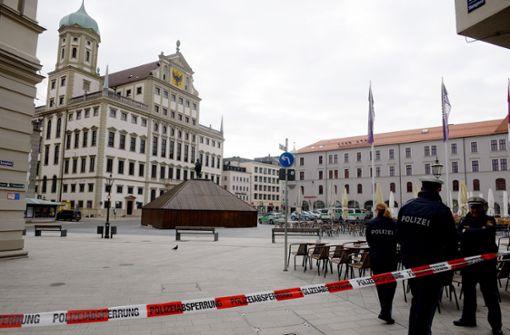 Mindestens sechs Rathäuser wegen Bombendrohungen evakuiert