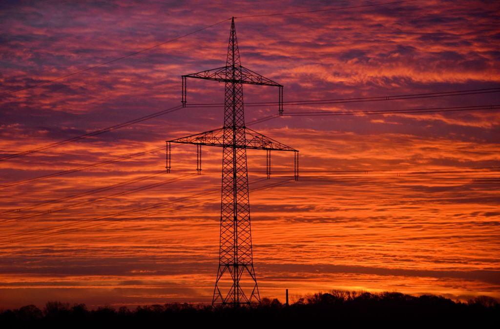 Wem gehört welcher Teil des Stromnetzes? Diese Frage wird in Stuttgart vor Gericht geklärt. Foto: dpa