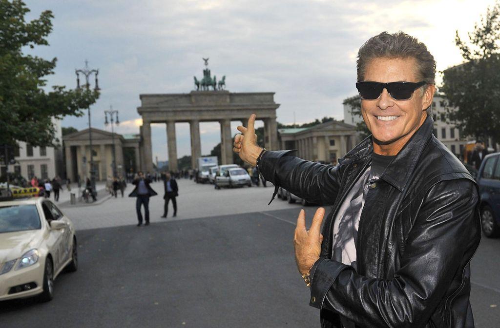 David Hasselhoff hat einen besonderen Auftritt für die Feierlichkeiten zum Mauerfall geplant. Foto: dpa/Paul Zinken