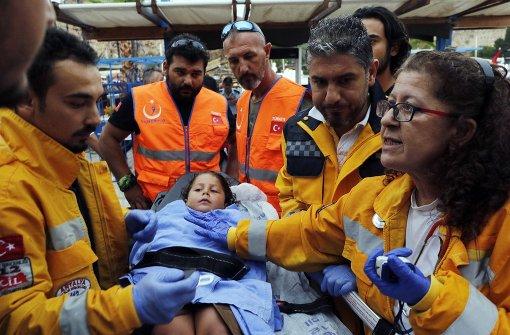 Zwei Menschen sterben auf gekentertem Touristenboot