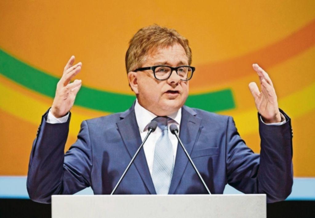 CDU-Spitzenkandidat Wolf warnt vor einer Überforderung der Gesellschaft. Foto: dpa