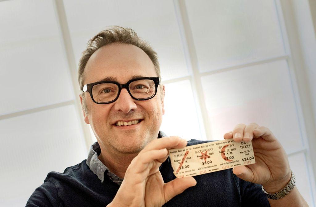 Oliver A. Krimmel hat die Woodstock-Eintrittskarte ersteigert. Foto: Lg/Max Kovalenko