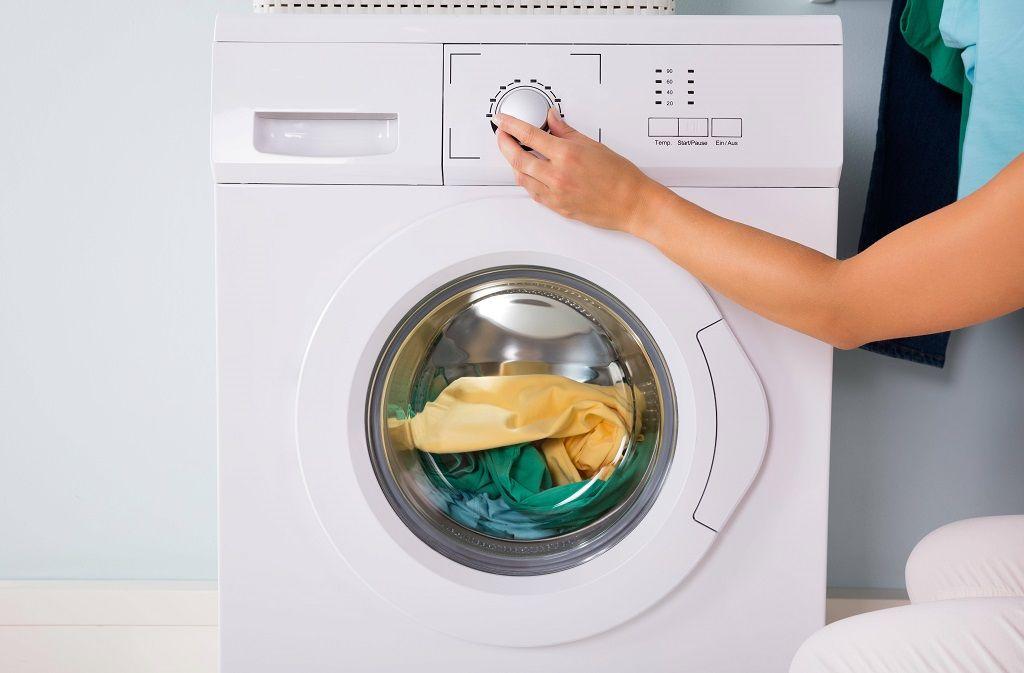 Waschmaschine reinigen mit Hausmitteln und Tipps Foto: imago images / Panthermedia