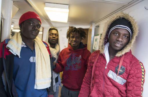 Deutschland nimmt 60 Migranten auf