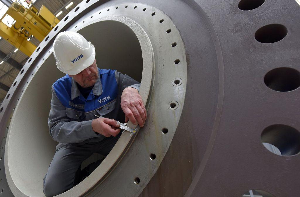 Die Zahl der Beschäftigten in Deutschland (hier ein Techniker des Anlagenbauers Voith in Heidenheim) ist so hoch wie noch nie: 44 Millionen Erwerbstätige gibt es. Foto: dpa