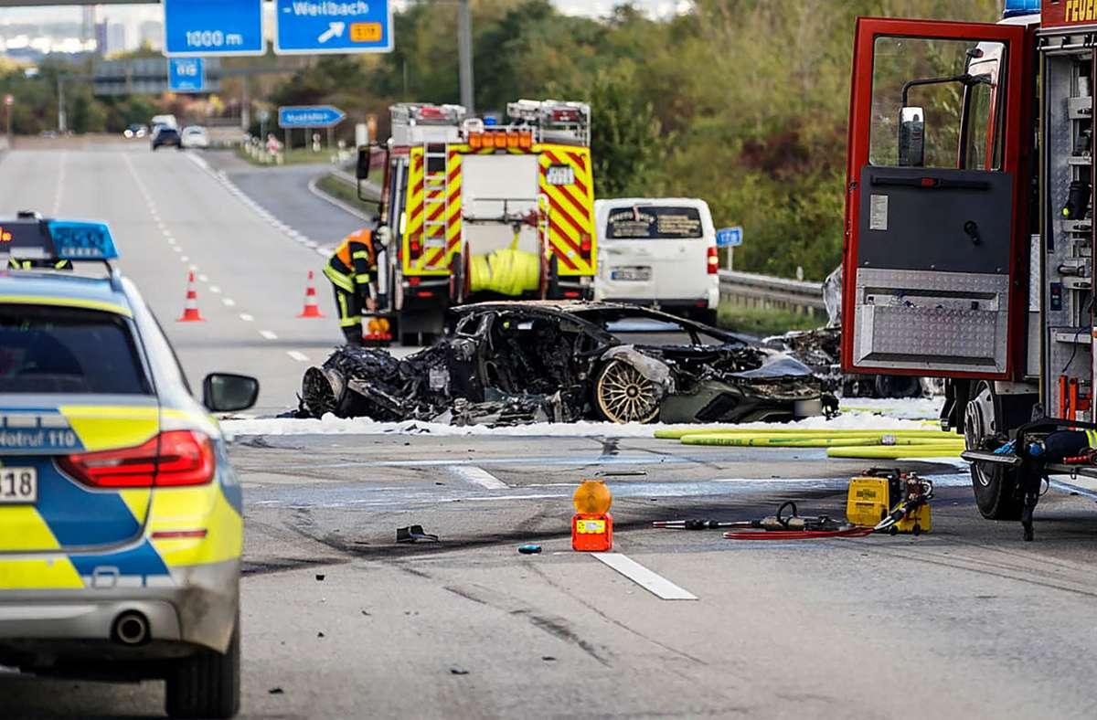 Bei dem Unfall kam eine 70-jährige Autofahrerin ums Leben. Foto: dpa/Robin von Gilgenheimb