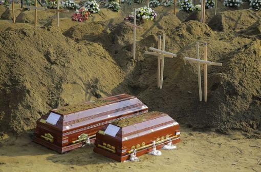 Präsident Sirisena fordert Rücktritt wichtiger Sicherheitsleute