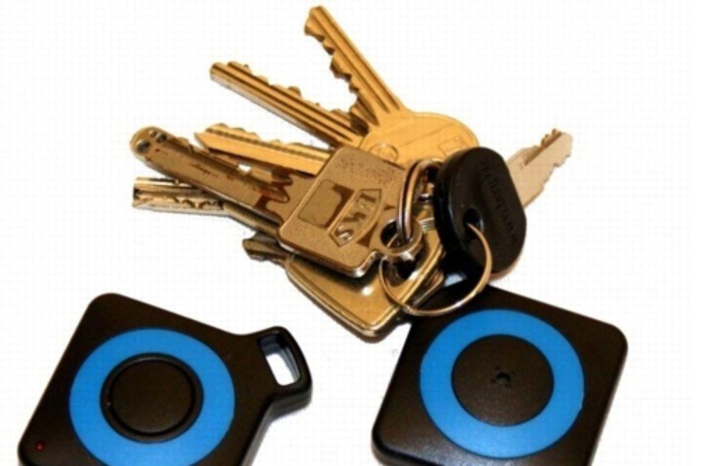 Damit die Schlüssel schneller geortet werden können, gibt es Schlüsselfinder. Foto: Hersteller