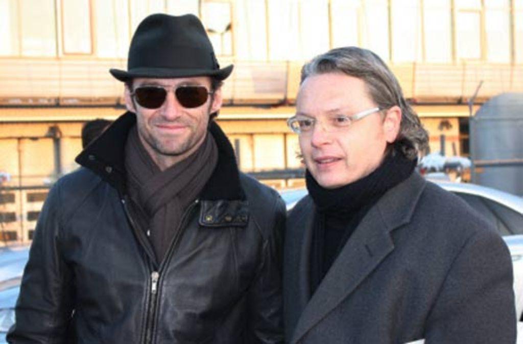 Robert Strozynski hat sie alle: auch den australischen Schauspieler Hugh Jackman (links), den er im vergangenen Jahr am Stuttgarter Flughafen abpasste. Foto: privat