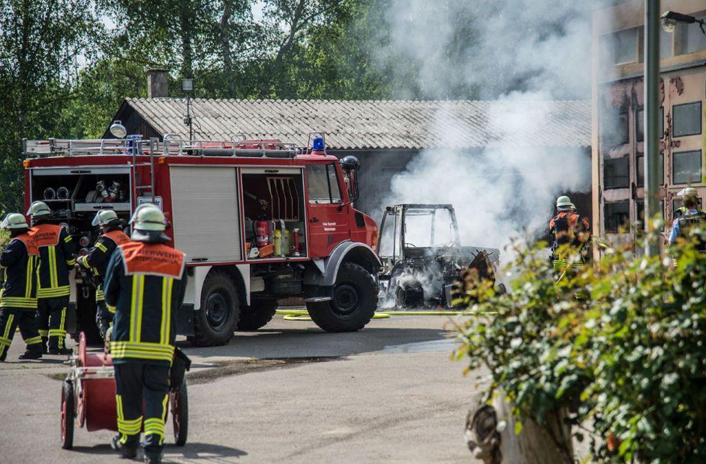 Die Feuerwehr ist zu einem Brand in Unterensingen ausgerückt. Foto: SDMG
