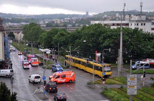 40-Jähriger von Stadtbahn erfasst