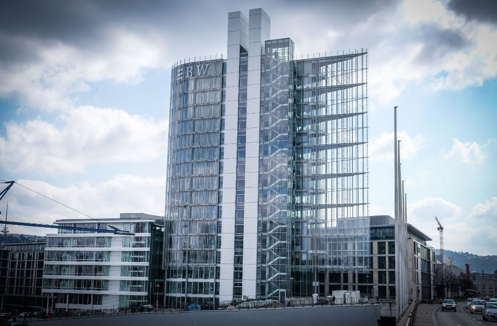 60 Meter hoch ragt das LBBW-Hochhaus an der Heilbronner Straße auf. Foto: Lichtgut/Achim Zweygarth
