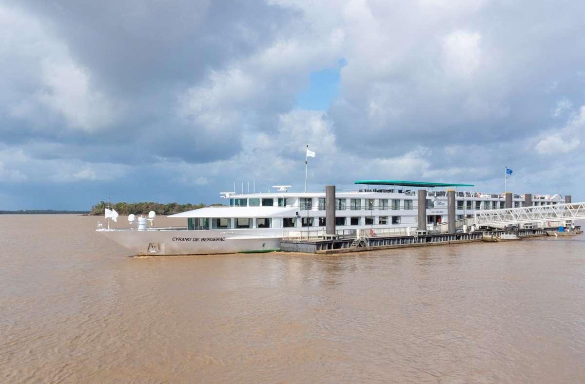 "Das Flusskreuzfahrtschiff ""Cyrano de Bergerac"" Foto: dpa/Andreas Drouve"