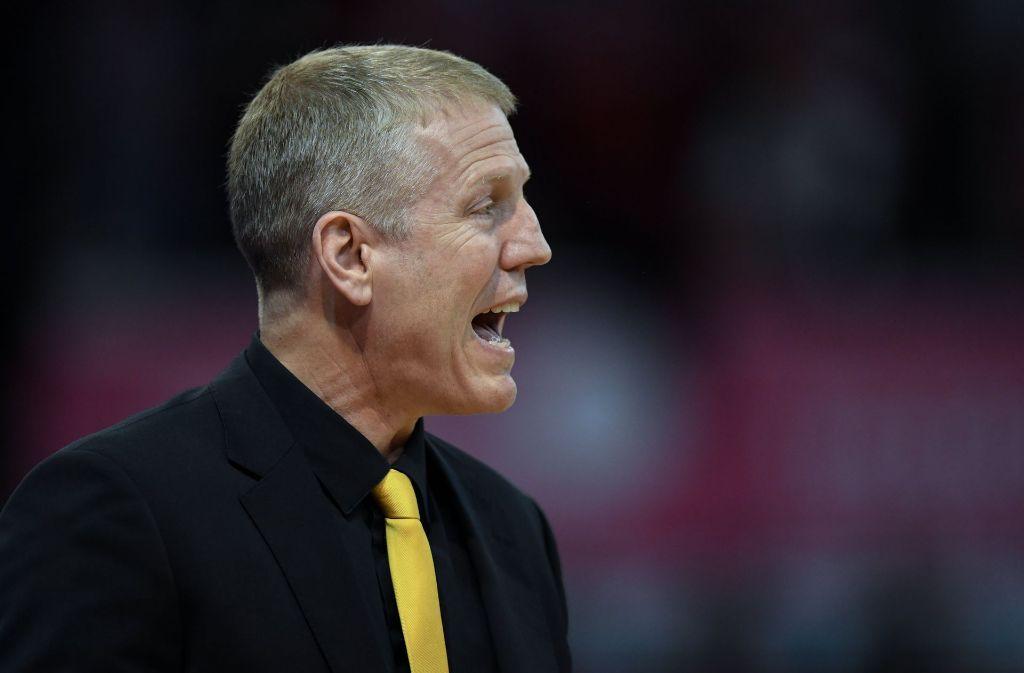 Bel Die MHP Riesen Ludwigsburg um Trainer John Patrick haben nach fünf Siegen in Serie erstmals wieder in der Basketball-Champions-League verloren. Foto: dpa