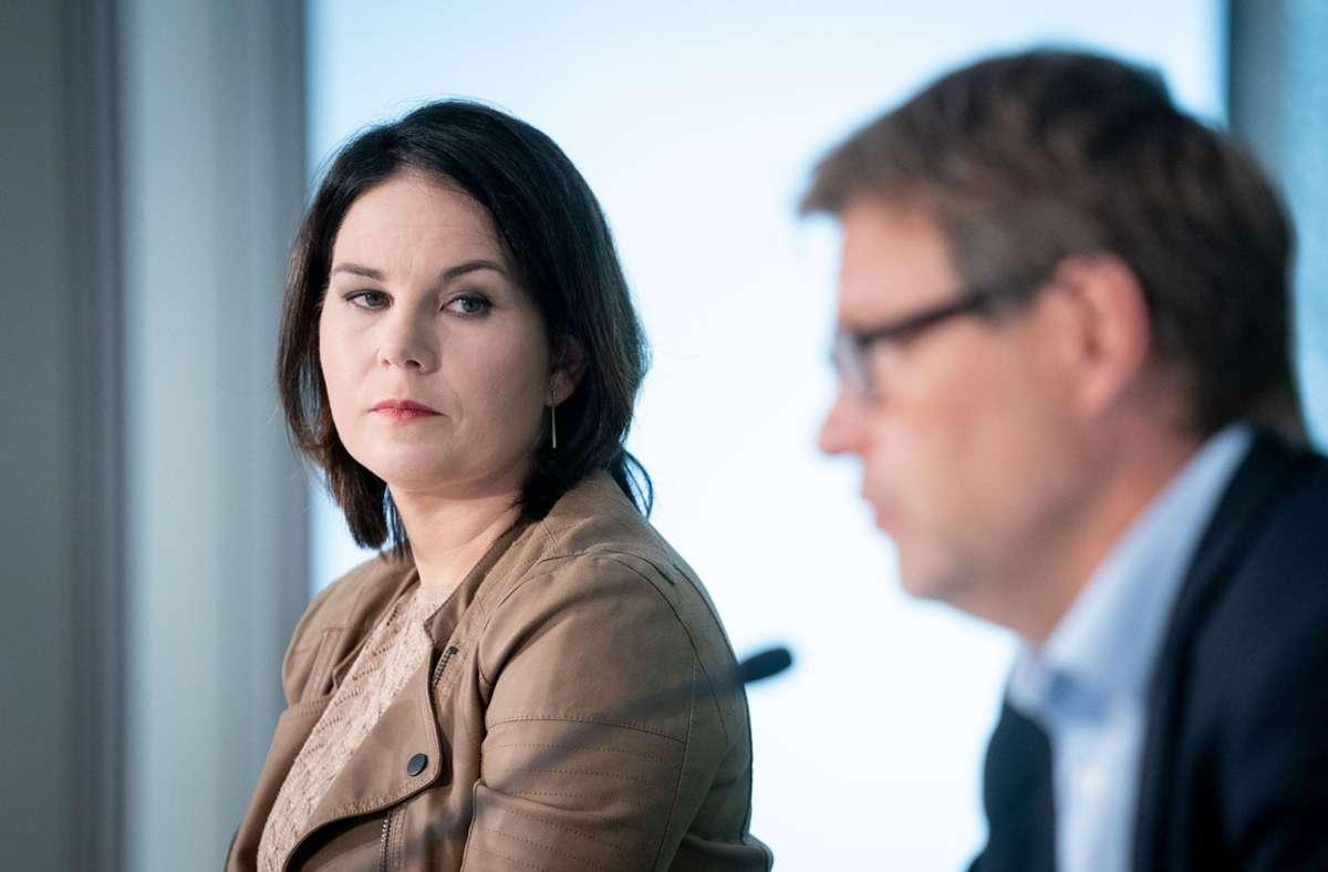 Annalena Baerbock oder Robert Habeck? (Archivbild) Foto: dpa/Kay Nietfeld