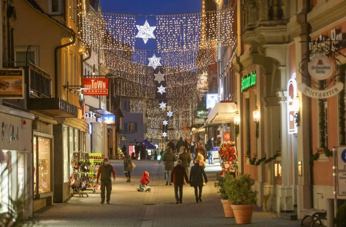 Auch die Esslinger Innenstadt funkelt. Foto: Roberto Bulgrin