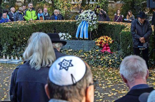 Ein Weg des Friedens zum Synagogenplatz
