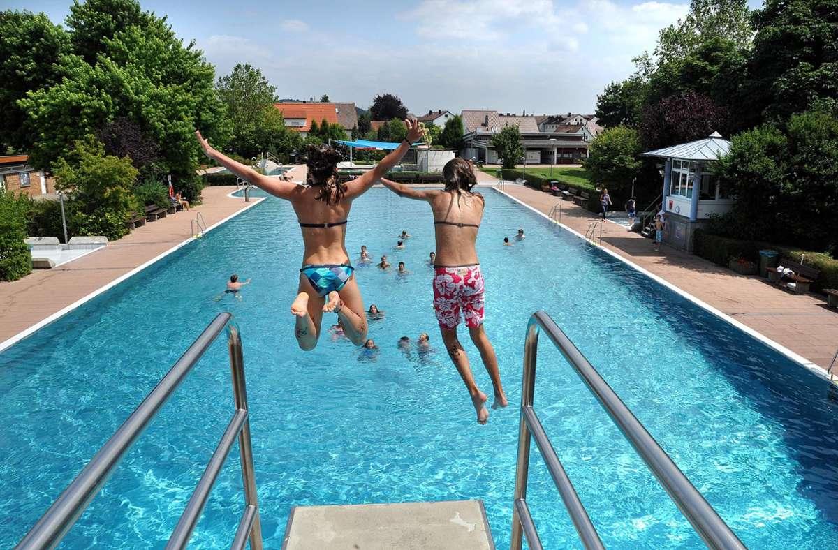 Badespaß ist ab Dienstag im Renninger Freibad wieder möglich. Foto: Kreiszeitung Böblinger Bote/SR-C
