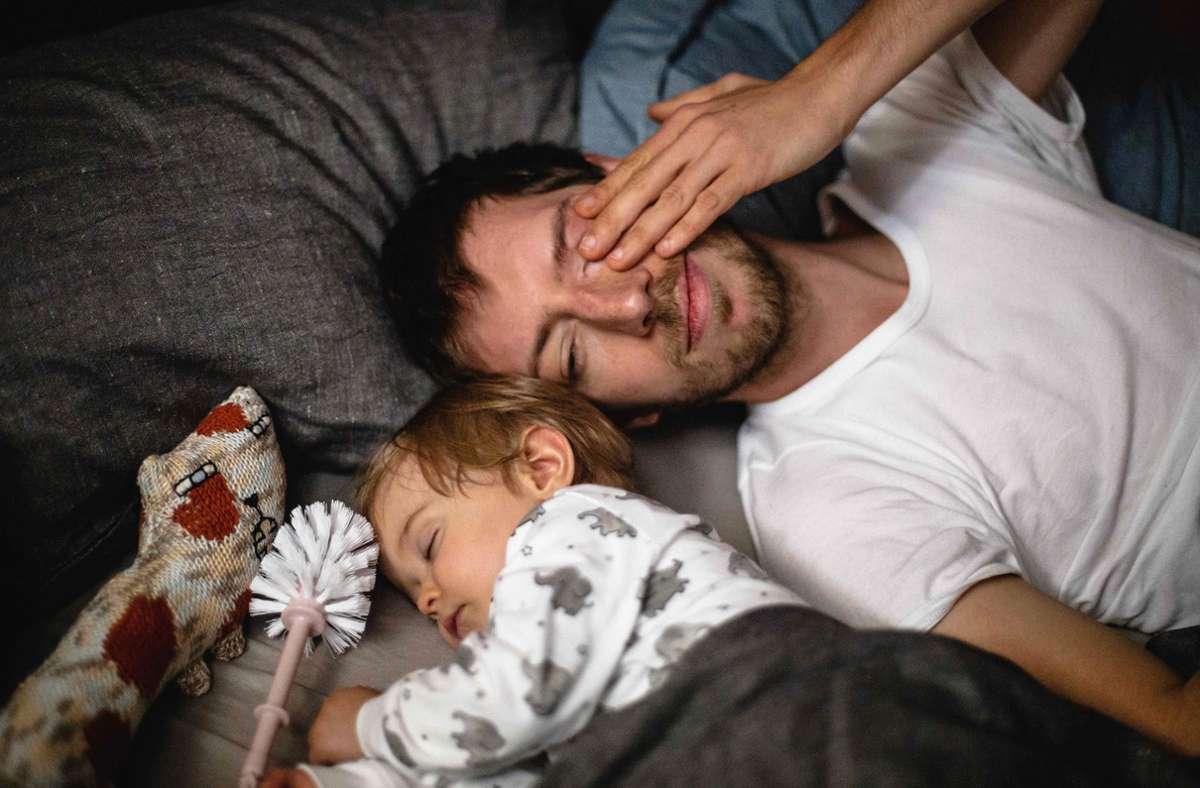 """Die Serie """"MaPa"""" mit Maximilian Mauff als alleinerziehendem Vater bezeichnet sich selbst als Sadcom Foto: rbb/Carolin Weinkopf"""