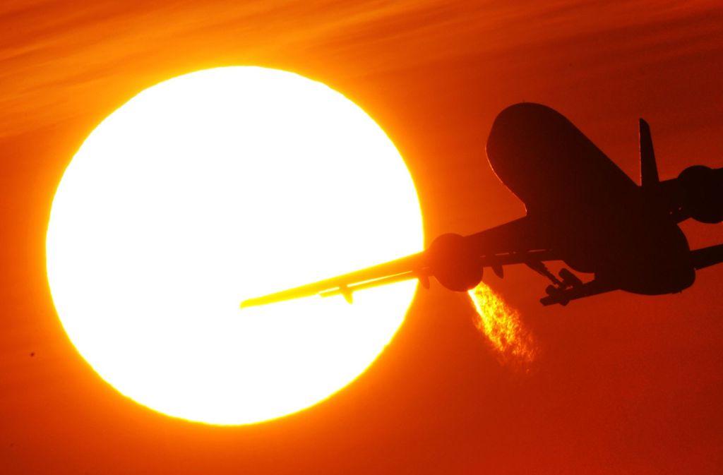 Ein CO2-Ausgleich für Flugreisen wird immer beliebter. Foto: dpa