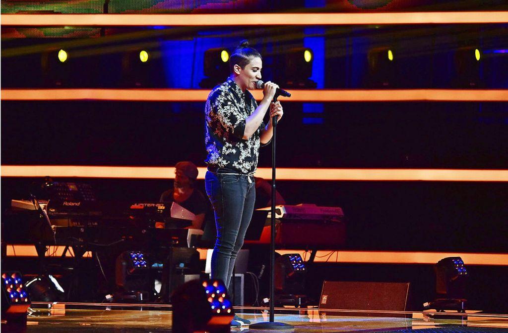 Melissa Muamba liebt es, auf der Bühne zu stehen. Foto: Andre Kowalski, Pro Sieben/Sat1