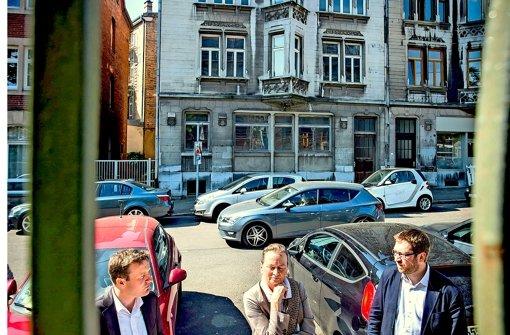 Gegen Wohnungsnot: Spitzenkandidat Martin Körner, Stadträtin Monika Wüst und Daniel Campolieti, stellvertretender Vorsitzender von SPD  und  Mieterverein (v.li.). Foto: Zweygarth