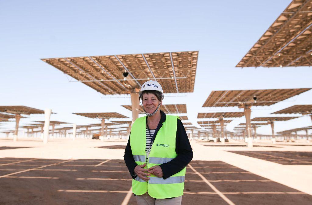 Barbara Hendricks besucht das Solarkratwerk in Ouarzazate. Foto: BMUB