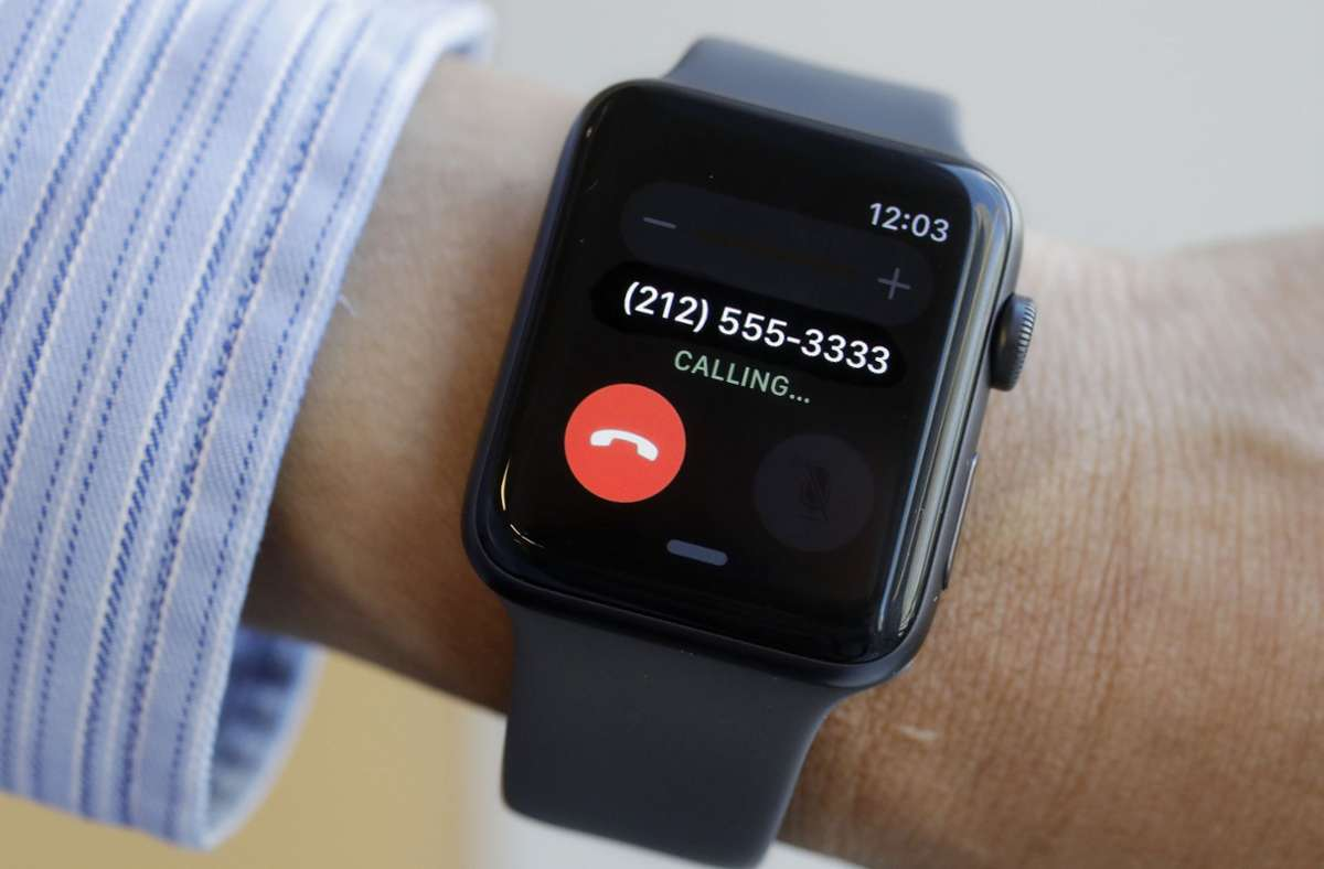 Einige Nutzer der Apple Watch Series 3 beklagen sich über Probleme nach dem  Update auf das aktuelle Betriebssystem. Foto: AP/Mark Lennihan