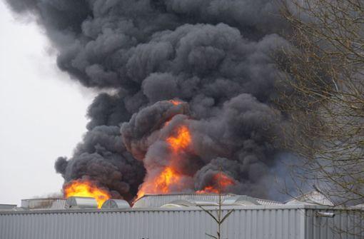 Großbrand bei Automobil-Zulieferer in Böhmenkirch