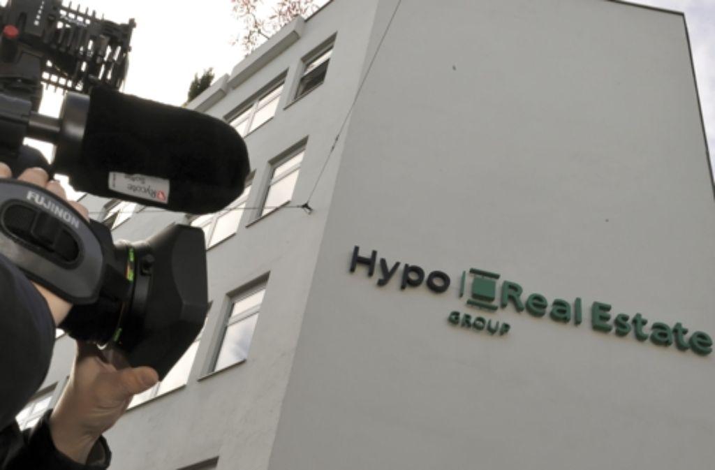 Frühere Aktionäre der HRE fordern rund 1,2 Milliarden Euro Schadenersatz. Foto: dpa